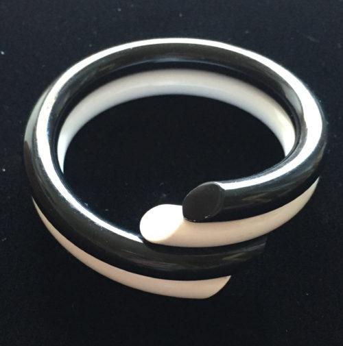 Vintage Judith Hendler Black and White Single Wrap Bypass Bracelet
